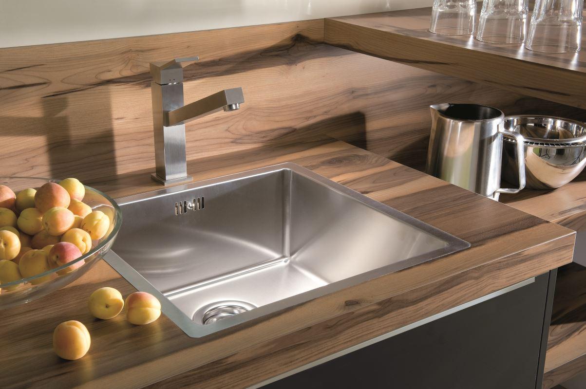Las encimeras en la cocina muebles cocinas for Mejor material para encimeras de cocina