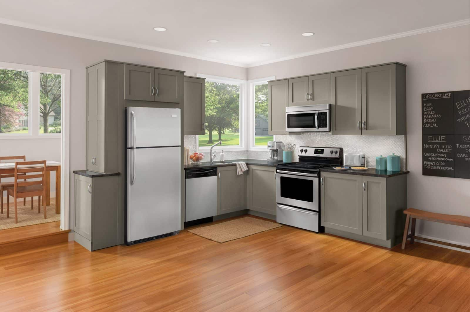 Los electrodom sticos que toda cocina necesita muebles for Una cocina moderna